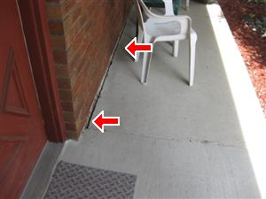 front_porch_caulk