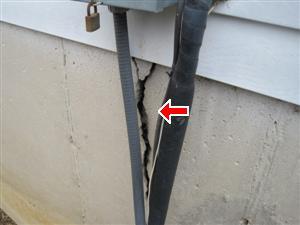 exterior structure crack